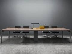 <b>好的办公家具配套方案都应具备哪些要素?</b>