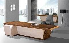<b>大班台在办公家具市场上主流的三大基础款</b>